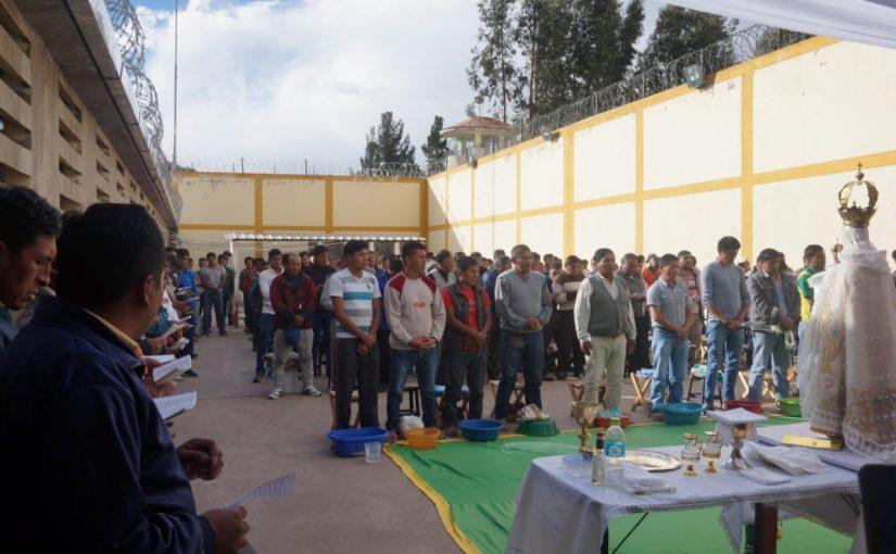 Visita a internos Penal de Varones de Sicuani
